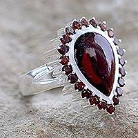 Garnet cocktail ring, 'Mughal Empress' - Garnet cocktail ring
