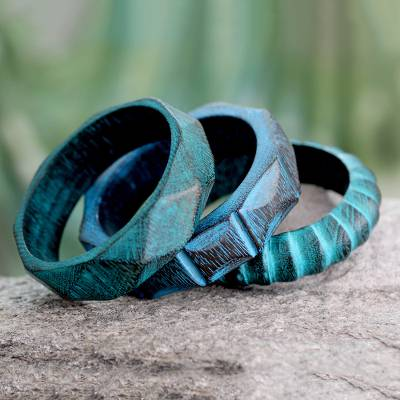 Wood bangle bracelets, 'Turquoise Treasure' (set of 3) - Fair Trade Mango Wood Bangle Bracelets (Set of 3)