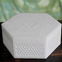 Marble jewelry box, 'Lattice Lace'