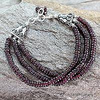 Garnet beaded bracelet, 'Splendor of India'