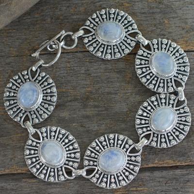 Moonstone link bracelet, 'Mughal Aura' - Sterling Silver and Moonstone Link Bracelet