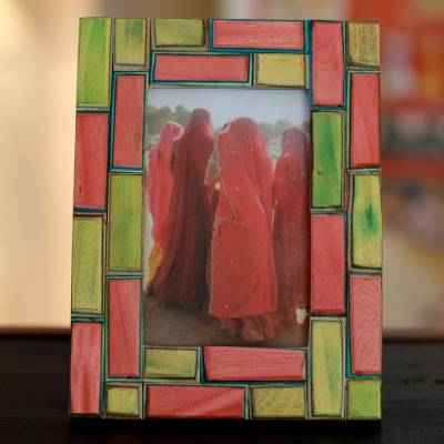 Indian elm wood photo frame, 'Walled City' (4x6) - Wood photo frame (4x6)