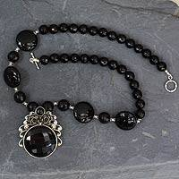 Onyx flower necklace,