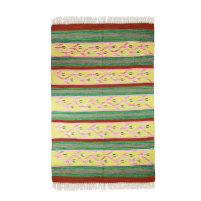 Wool dhurrie rug, 'India in Bloom' (4x6) - Wool dhurrie rug (4x6)
