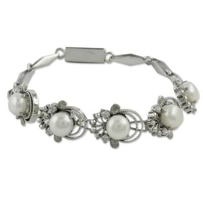 Cultured pearl link bracelet