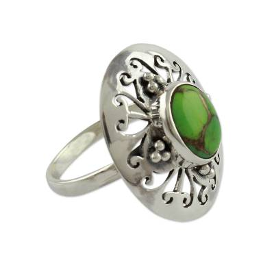 Sterling silver cocktail ring, 'Jali Green' - Sterling Silver Cocktail Ring with Green Gem Jewelry