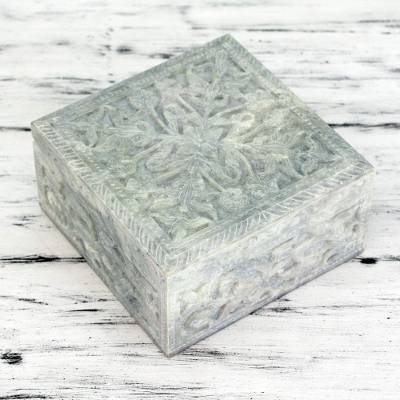 Soapstone box, 'Wild Roses' - Hand-carved Natural Soapstone Decorative Box