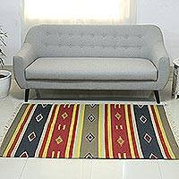 Wool rug, 'Mirzapur Beauty' (4x6) - Hand Woven Dhurrie Rug with Geometric Motifs