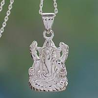 Sterling silver pendant necklace, 'Luminous Ganesha' - Hindu Jewelery Silver Ganesha Necklace