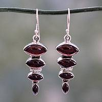 Garnet dangle earring, 'Romantic Quartet'