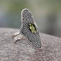 Peridot cocktail ring, 'Starlight Love Expression' - Fair Trade Cocktail Ring with Peridot and oxidised Silver