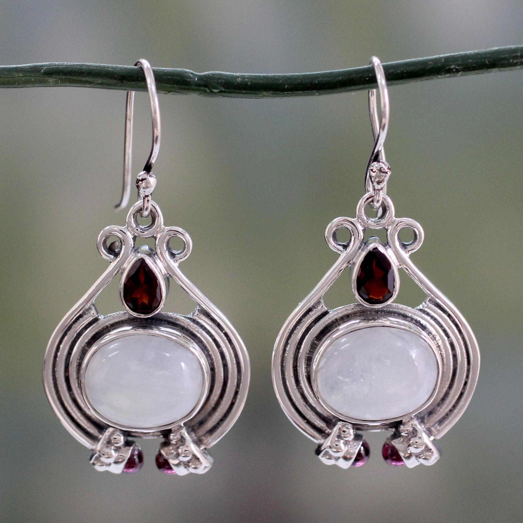 Natural Rainbow Moonstone Earring,Garnet Earring,Drop Earring,Handmade Earring,Gemstone jewelry,92.5 Sterling Silver Earring,Wedding Gift