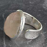 Rose quartz wrap ring, 'Jaipur Opulence' - Statement Jewelry Artisan Crafted Rose Quartz Wrap Ring