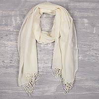 Men's wool scarf, 'Kashmiri Ivory' - Men's Tan Lightweight Ivory Wool Scarf from India
