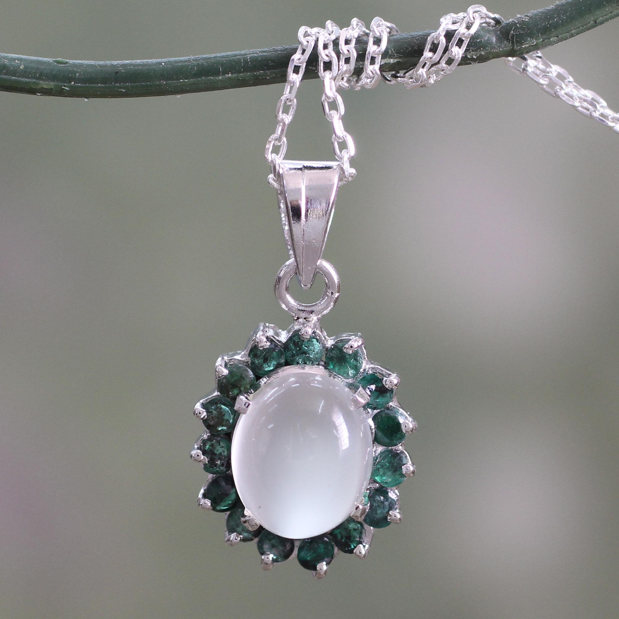 Emerald Pendant Necklace Uk
