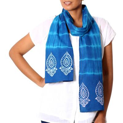 Cotton batik scarf, 'Teal Allure' - Handmade Traditional Batik Tie-dye Teal Scarf from India