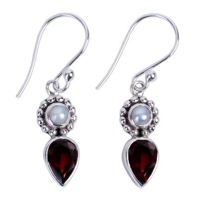 Silver Cultured Pearl Earrings with Garnet from India