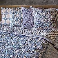 Block printed cotton quilt and pillowcase set, 'Blue Vines' (king) - Cotton Quilt and Pillowcase Set in Blue (King)