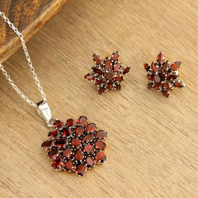 Garnet pendant necklace, 'Red Sunflower' - Hand Made Sterling Silver Garnet Pendant Necklace India