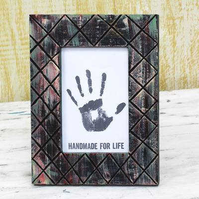 Wood photo frame, 'Textured Memories' (5x7) - Wood Photo Frame Black Distressed (5x7) from India