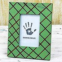 Wood photo frame, 'Green Glamour' (4x6) - Green Rectangular Wood Photo Frame (4x6) from India