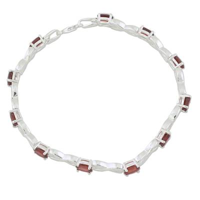 5.5 Carat Garnet and 925 Silver Tennis Bracelet from India