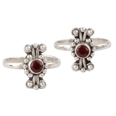 Pair of Dotted Garnet and 925 Silver Toe Rings from India