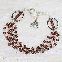 Garnet and cultured pearl beaded bracelet, 'Lotus Beauty' - Garnet and Cultured Pearl Beaded Bracelet from India