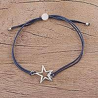 Sterling silver pendant bracelet, 'Starry Shine in Navy' - Sterling Silver Star Pendant Bracelet in Navy from India