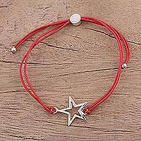 Sterling silver pendant bracelet, 'Starry Shine in Red' - Sterling Silver Star Pendant Bracelet in Red from India