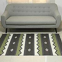 Wool rug, 'Geometric Night' (4x6) - 4x6 Handwoven Wool Area Rug from India
