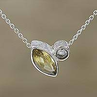 Citrine pendant necklace, 'Dazzling Eye' - Faceted Citrine Pendant Necklace from India
