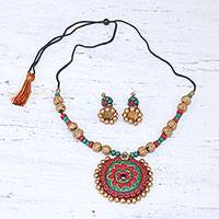 Ceramic jewelry set, 'Comforting Flowers' - Hand-Painted Floral Ceramic Jewelry Set from India