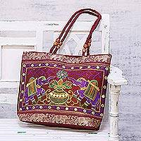 Shoulder bag, 'Elephant Meeting in Magenta' - Elephant-Themed Shoulder Bag in Magenta from India