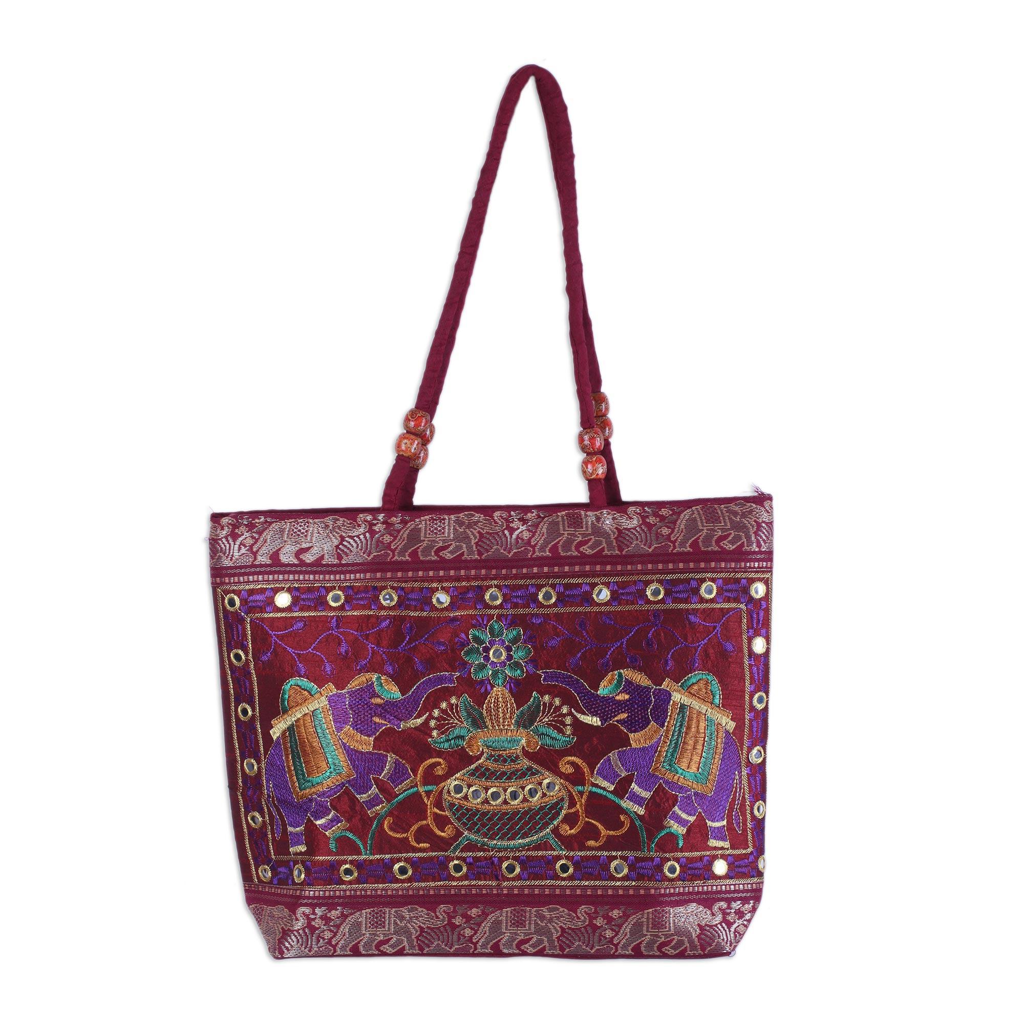 Novica Shoulder bag, Diamond Allure in Crimson