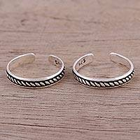 Sterling silver toe rings, 'Emboldened' (pair) - Pair of Rope Motif Sterling Silver Toe Rings