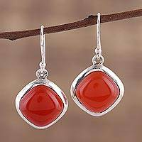 Carnelian dangle earrings, 'Blazing Kite' - Classic Carnelian and Sterling Silver Dangle Earrings