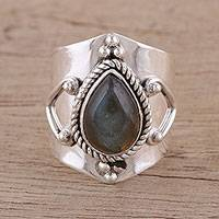 Labradorite cocktail ring, 'Opulent Shield' - Handmade Labradorite 925 Sterling Silver Cocktail Ring
