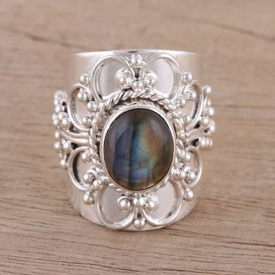 Labradorite cocktail ring, 'Splendid Swirl' - Handmade 925 Sterling Silver Labradorite Cocktail Ring
