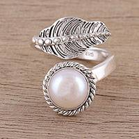 Cultured pearl wrap ring, 'Forest Unity' - Handmade 925 Sterling Silver Cultured Pearl Leaf Wrap Ring