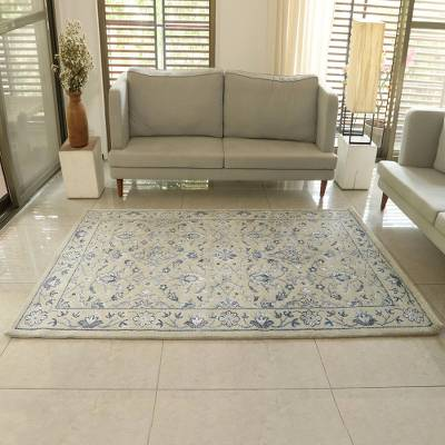 Wool blend area rug, 'Persian Splendor' (5x8) - Blue Beige Hand Knotted Wool Viscose Rectangle Area Rug