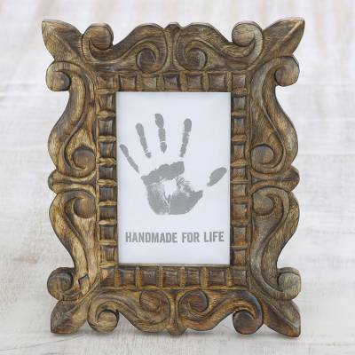 Wood photo frame, 'Mughal Majesty' (4x6) - Hand-Carved Natural Mango Wood Ornate Photo Frame 4x6