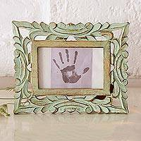 Wood photo frame, 'Majestic Leafy Vines' (4x6) - Green Hand-Carved Rustic Leafy Vine 4x6 Photo Frame