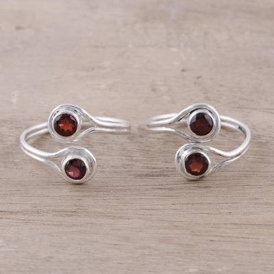 Garnet toe rings, Lovely Style