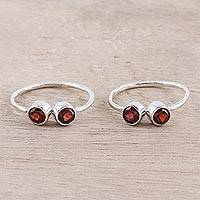 Garnet toe rings, 'Twin Elegance' - Sparkling Garnet Toe Rings Crafted in India