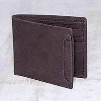 Men's leather wallet, 'Modern Essentials in Brown' - Men's Brown Leather Bi-Fold Wallet with Removable ID Holder