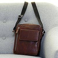 Men's leather messenger bag, 'Chestnut Style' - Handcrafted Leather Men's Messenger Bag in Chestnut Brown