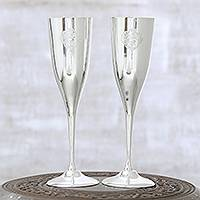 Silver plated champagne flutes, 'Elegant Festivity' (pair) - Silver Plated Champagne Flutes with Textured Motifs (Pair)