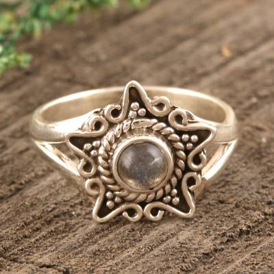 Labradorite cocktail ring, 'Shine Through the Mist' - Star-Shaped Labradorite Cocktail Ring from India