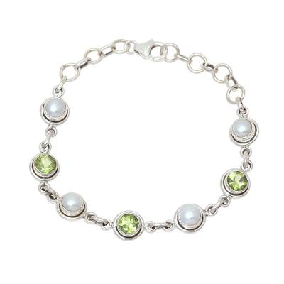Peridot and Cultured Pearl Link Bracelet from India